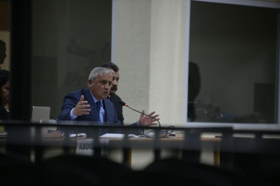 Otto Pérez Molina buscó por medio de un amparo separar al juez Miguel Ángel Gálvez. (Foto: Wilder López/Soy502)
