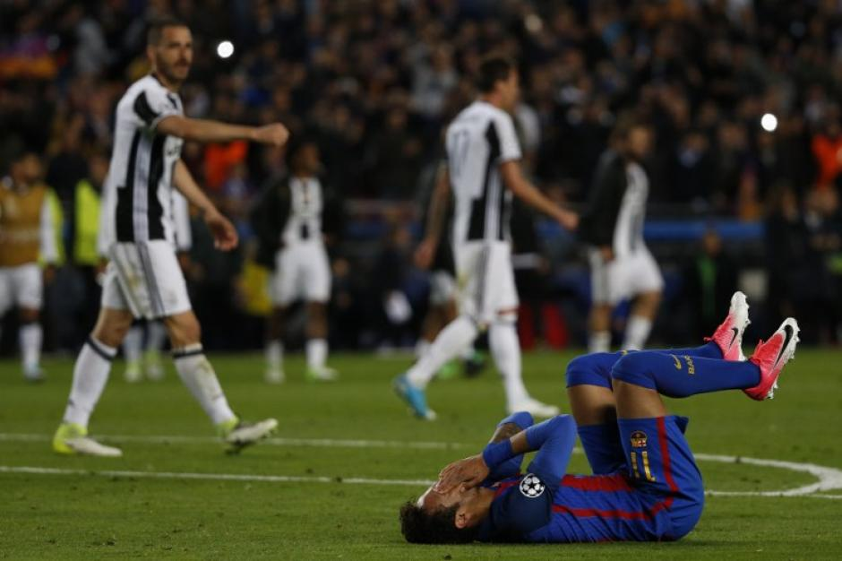 Neymar no pudo contener la tristeza al finalizar el juego. (Foto: AFP)