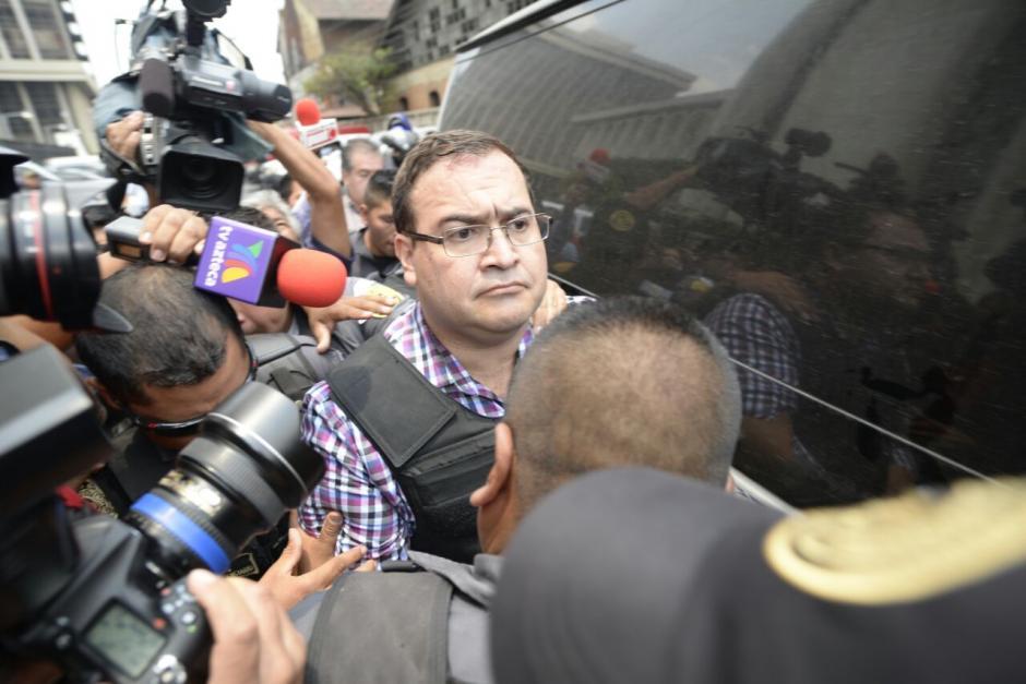 El exgobernador de Veracruz fue trasladado hacia la Torre de Tribunales. (Foto: Wilder López/Soy502)