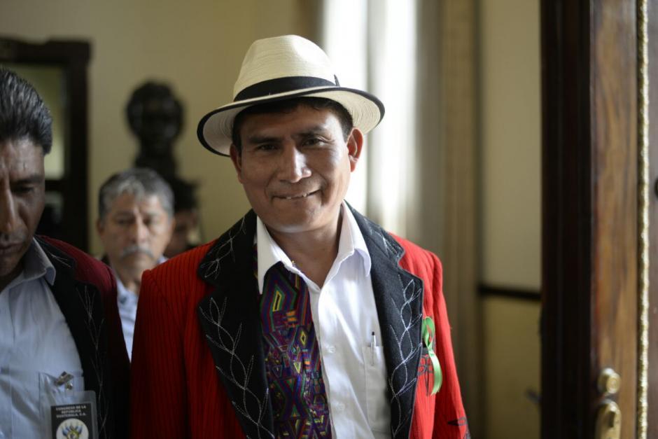 Cruz Gómez Raymundo acudió este jueves al Congreso con la esperanza de ser juramentado. (Foto: Wilder López/Soy502)