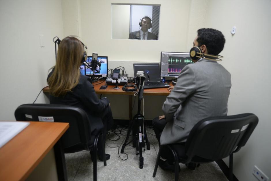 Autoridades del sector justicia inauguraron un laboratorio de acústica forense en el nivel 12 de la Torre de Tribunales. (Foto: Wilder López/Soy502)