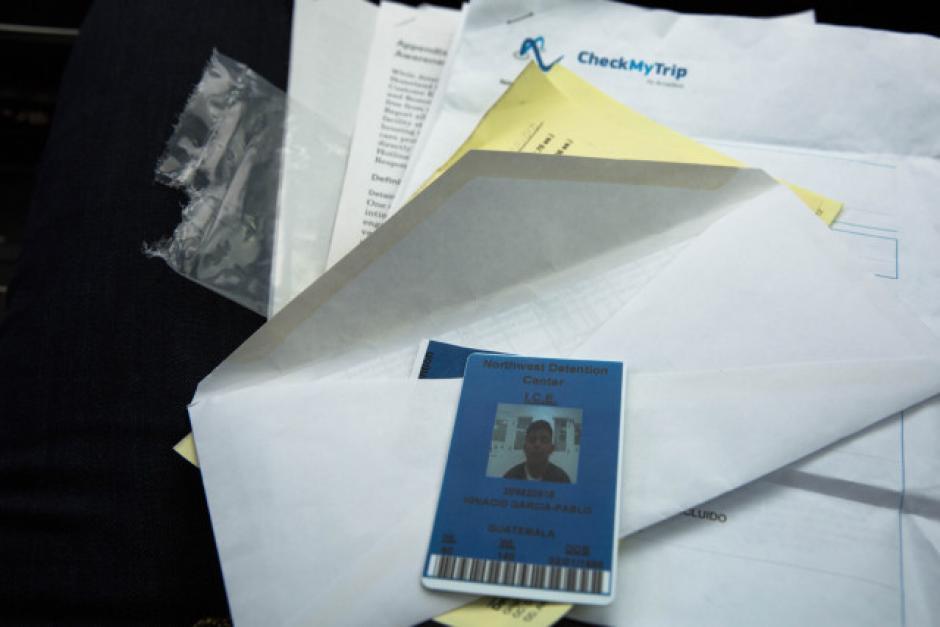 Los documentos que García-Pablo le mostró al ICE. (Foto: opb.org)