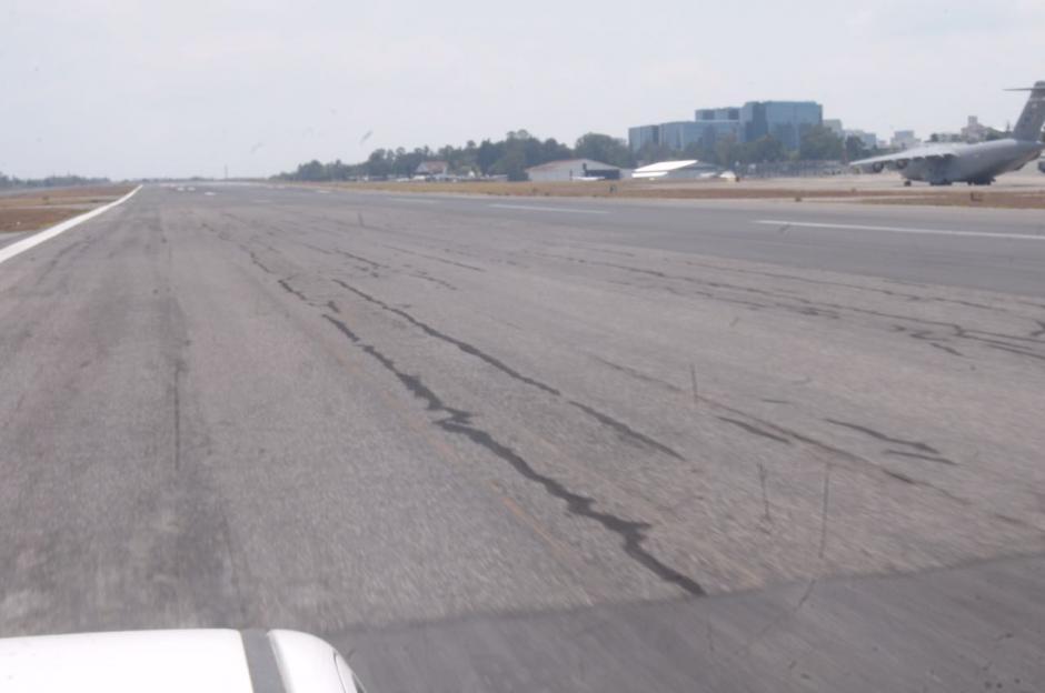 Por el momento siete empresas están interesadas en las reparaciones que necesita la pista. (Foto: Jesús Alfonso/Soy502)