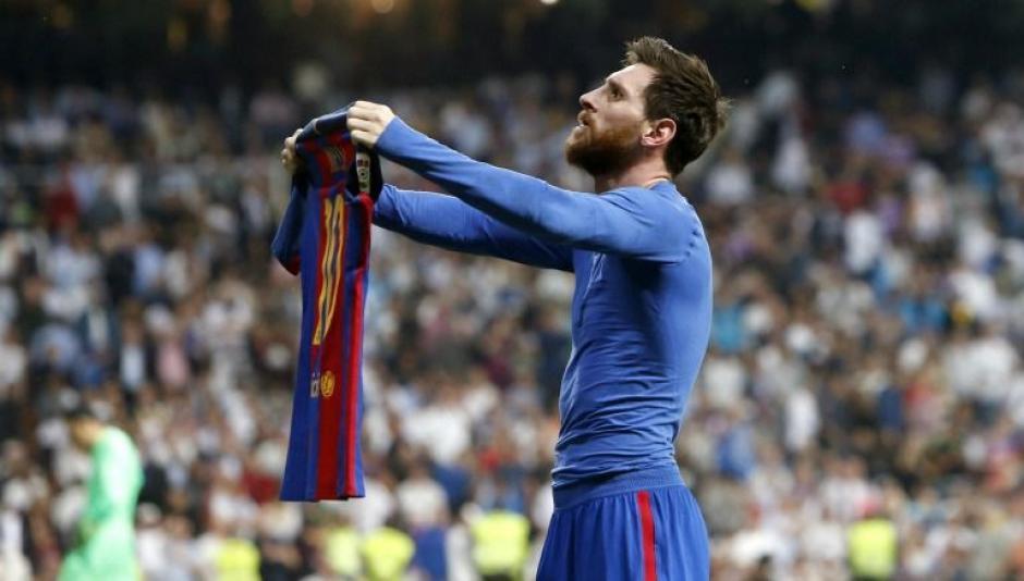 Así celebró Messi su gol 500 en el estadio Santiago Bernabéu. (Foto: Twitter)