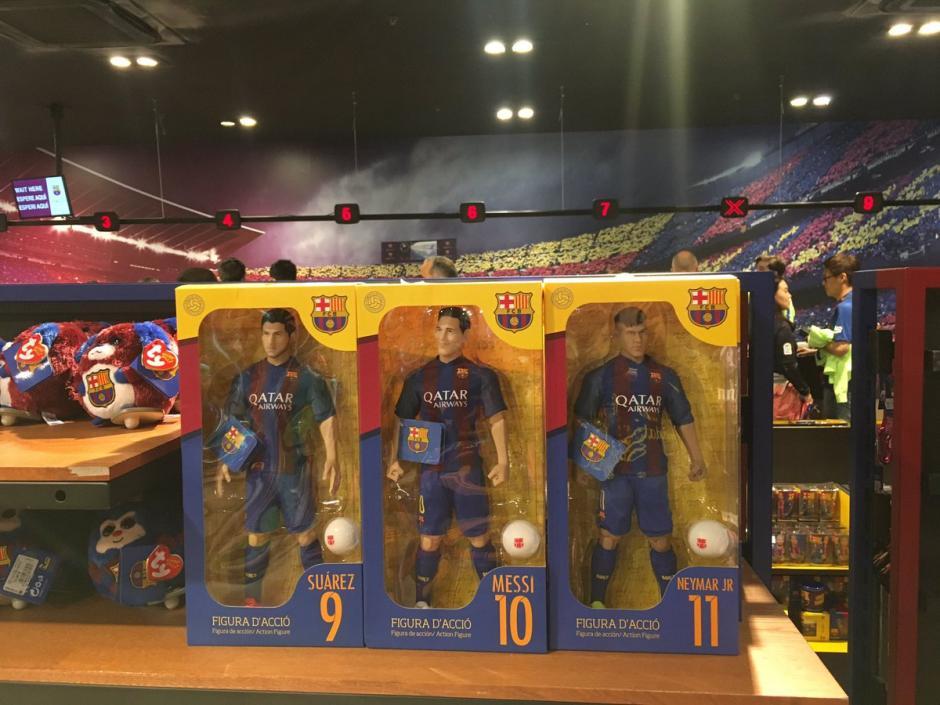 Además del muñeco de Messi también se ofrecen de otros jugadores del Barça. (Foto: Twitter)