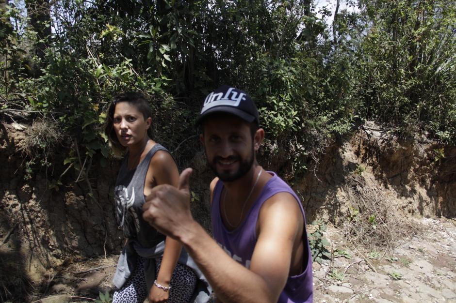 Una pareja de argentinos visitaron el lugar y disfrutaron de la aventura. (Foto: Fredy Hernández/Soy502)