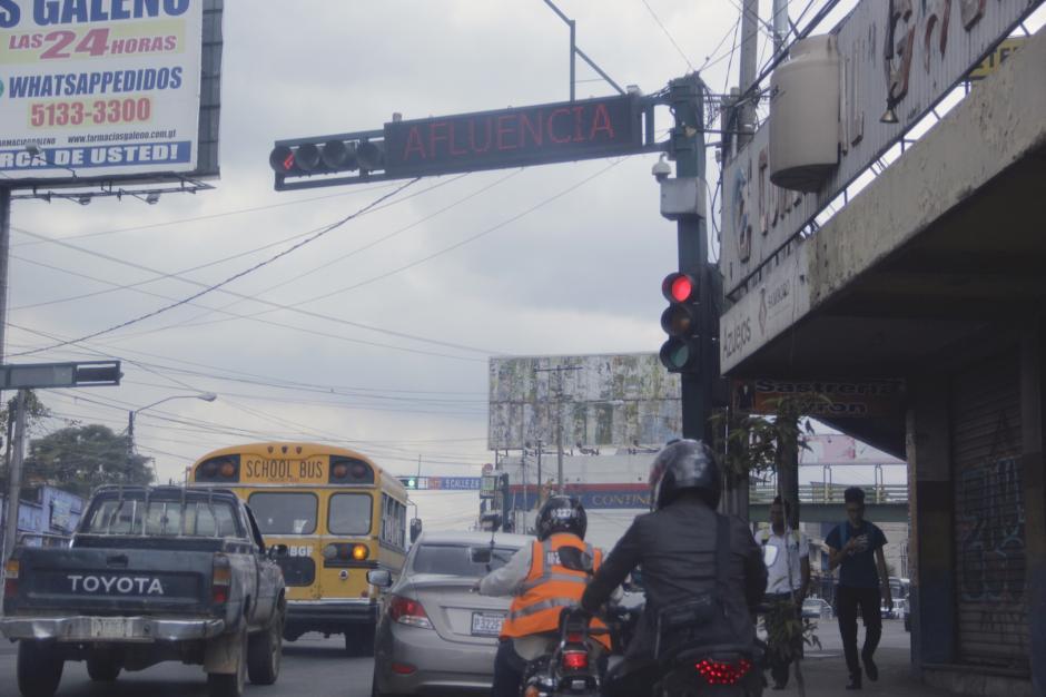 Un nuevo hundimiento en ese punto afectaría también la circulación vehicular. (Foto: Fredy Hernández/Soy502)