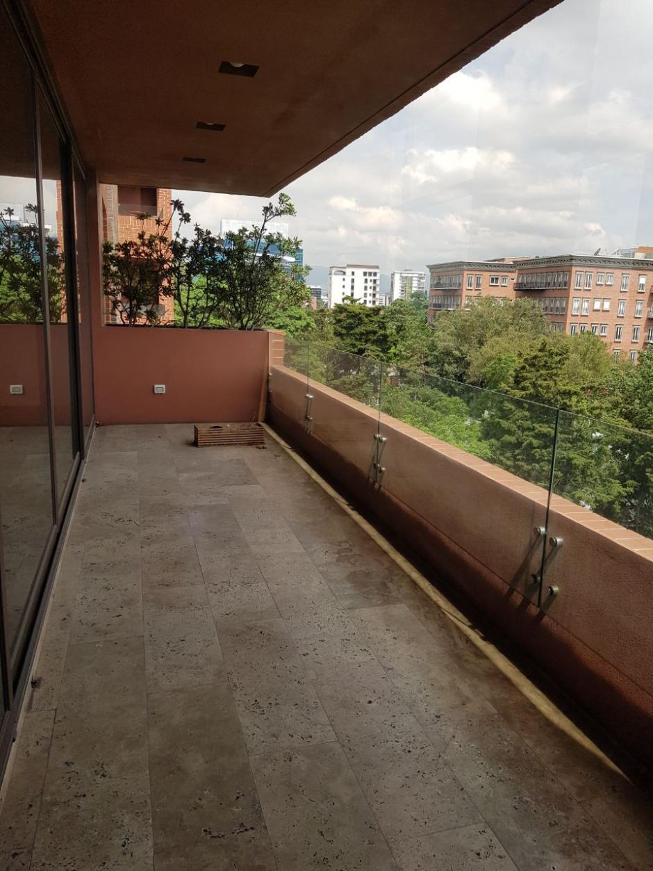 Este apartamento se ubica en la zona 10. (Foto: MP)