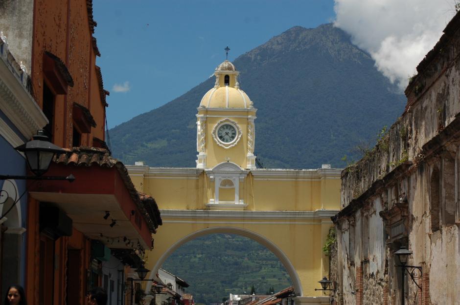 El arco de Santa Catalina es uno de los puntos más visitados en Antigua. (Foto: Fredy Hernández/Soy502)