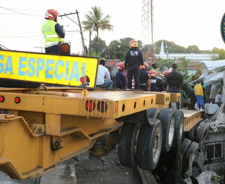 Los bomberos no reportaron heridos. (Foto: BomberosMunicipales)