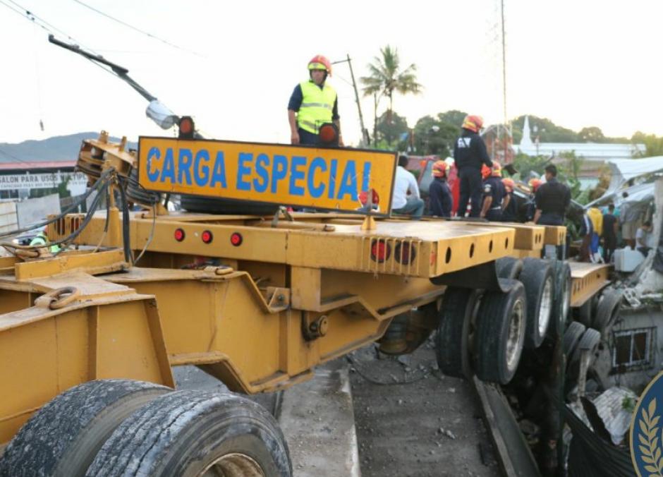 El accidente se reportó en horas de la madrugada. (Foto: Bomberos Municipales)