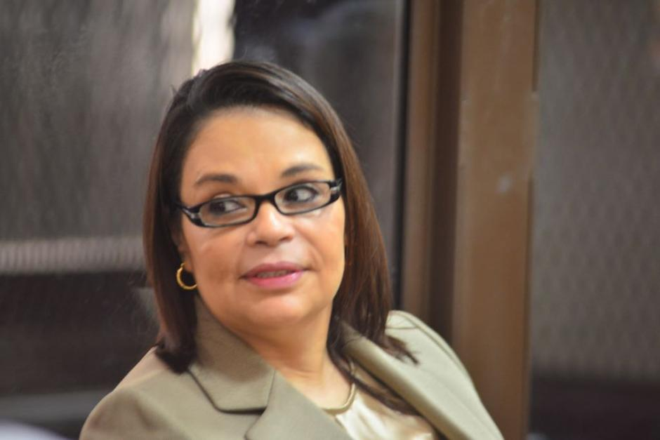 La exvicepresidenta Roxana Baldetti ha sido trasladada en los últimos dos días a la Torre de Tribunales en una radiopatrulla del Sistema Penitenciario. (Foto: Jesús Alfonso/Soy502)