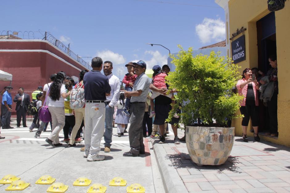 Los macetones dan un toque especial al recorrido de la Calle Real. (Foto: Fredy Hernández/Soy502)