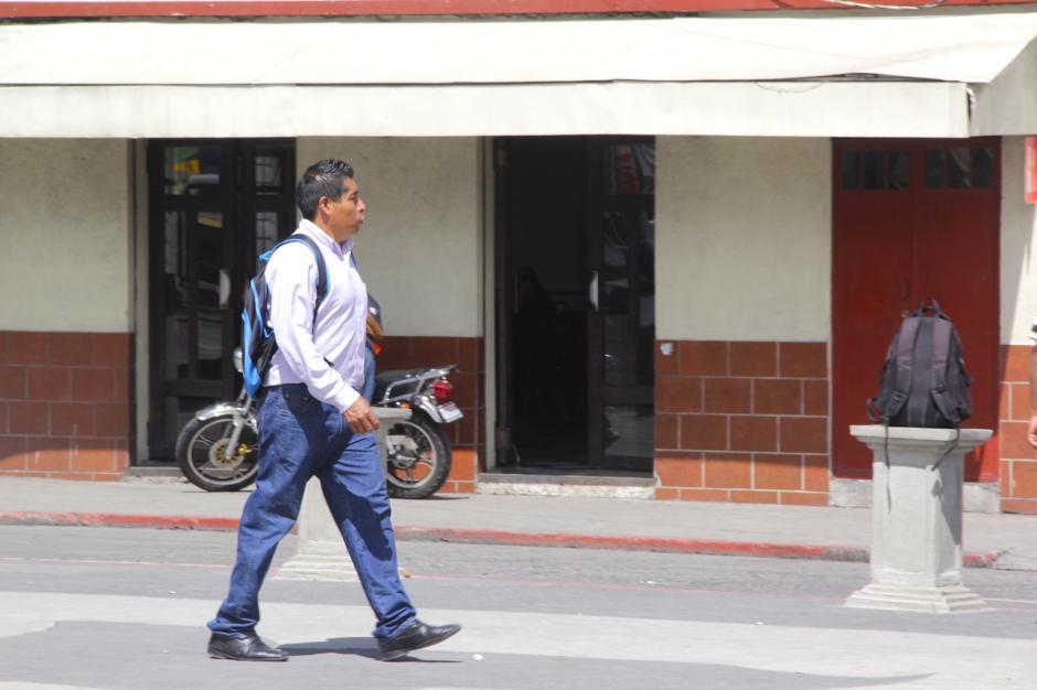 Ahora las personas parecen más confiadas para caminar por la zona. (Foto: Fredy Hernández/Soy502)