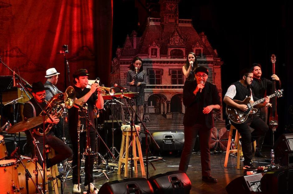 La banda ha hecho diversas presentaciones celebrando sus dos décadas. (Foto: Selene Mejía/Soy502)