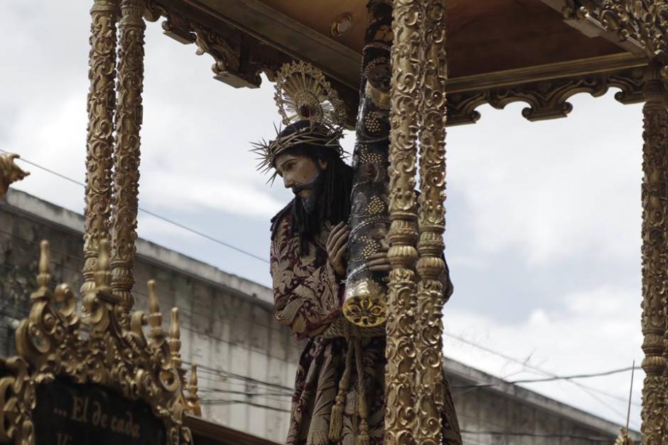 Jesús Nazareno de la Merced salió en procesión extraordinaria por la celebración de los 300 años de consagración. (Foto: Alejandro Balán/Soy502)