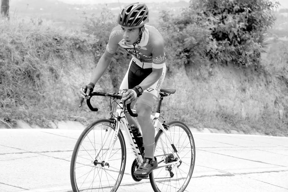 Wilber Castañeda ciclista fallecido en carretera foto