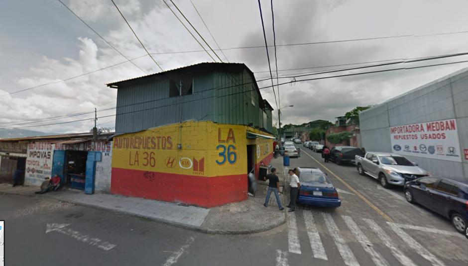 En este lugar mantenían el vehículo robado. (Foto: Google Street View)