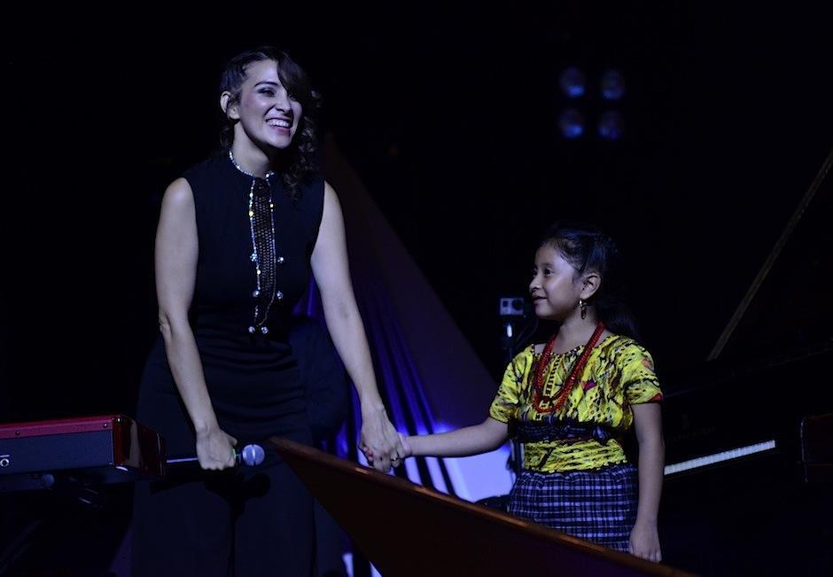 Yahaira fue una de las invitadas especiales el concierto Ilusión de Gaby Moreno. (Foto: Selene Mejía/Soy502)