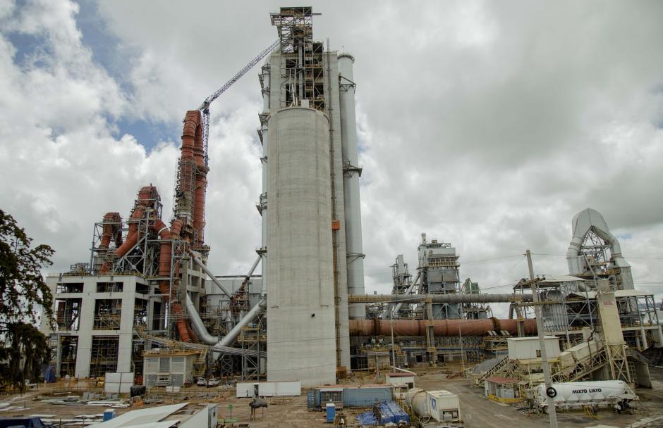 En la planta San Gabriel, el área industrial ocupa 112 hectáreas del terreno. (Foto: Víctor Xiloj/Soy502)