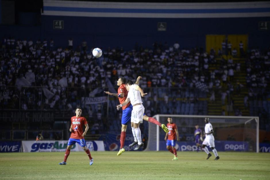 Los Cremas rescataron un punto del partido. (Foto: Wilder López/Soy502)