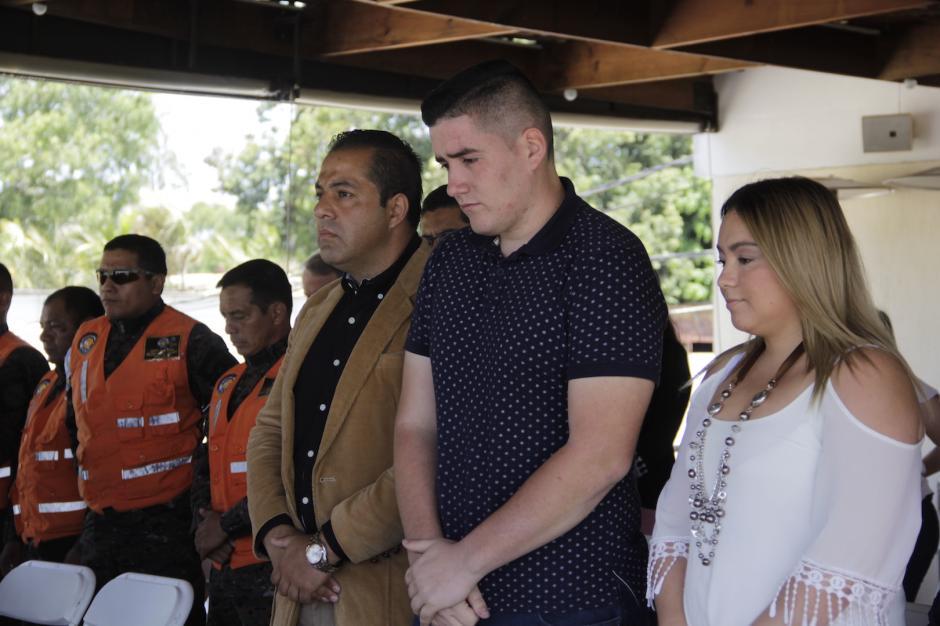 Durante el acto, se guardó un minuto de silencio en memoria del capitán Frener Hernández. (Foto: Fredy Hernández/Soy502)
