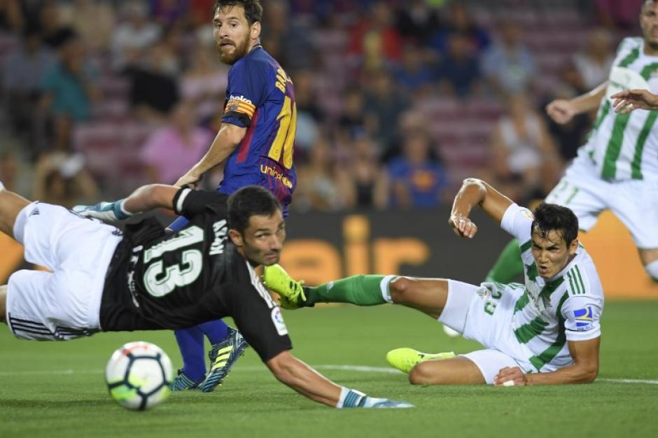 El primer gol de los catalanes fue un autogol. (Foto: AFP)