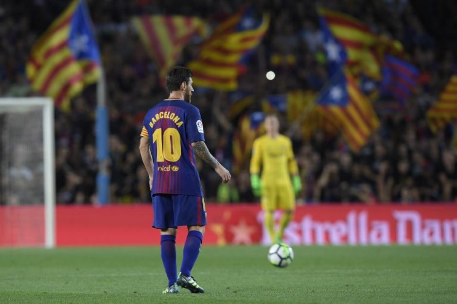 Messi jugó el papel de líder en la cancha para los catalanes. (Foto: AFP)