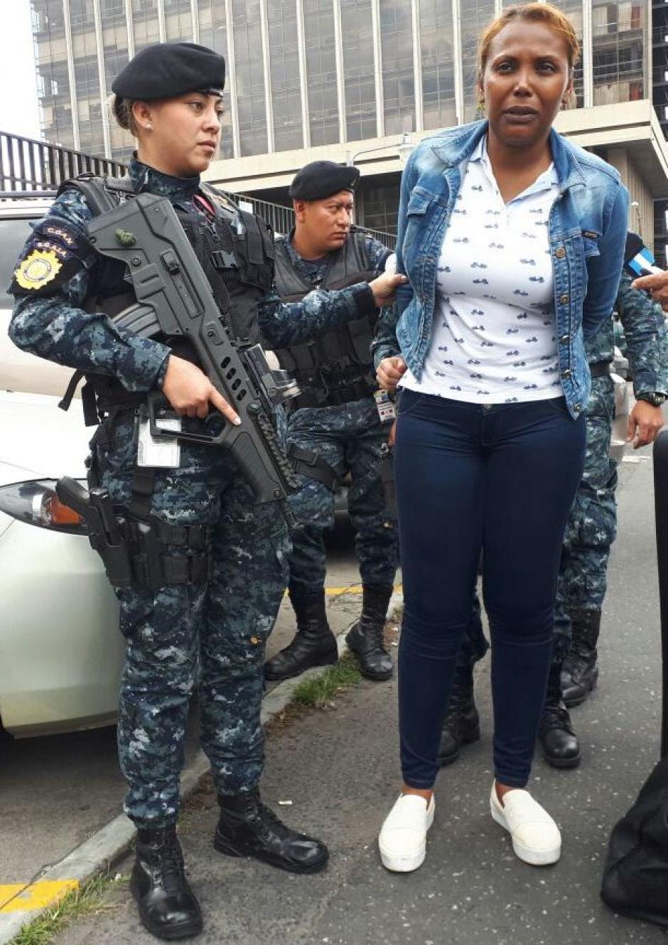 Una mujer de origen ecuatoriano fue detenida con fines de extradición.  (Foto: PNC)