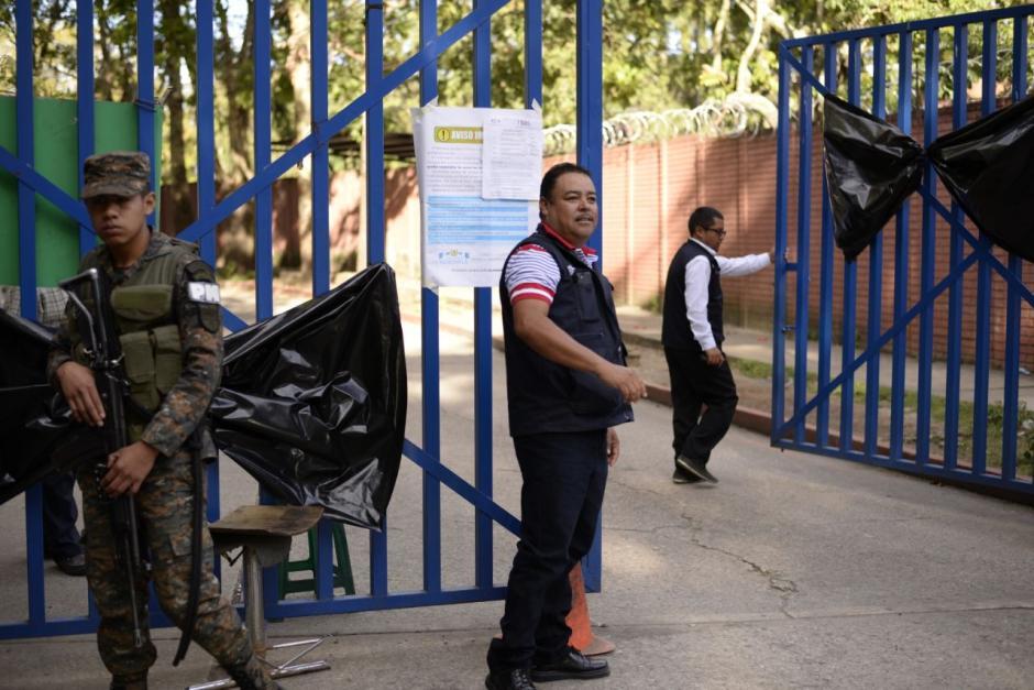 En las cercanías del recinto se ubican elementos militares. (Foto: Wilder López/Soy502)