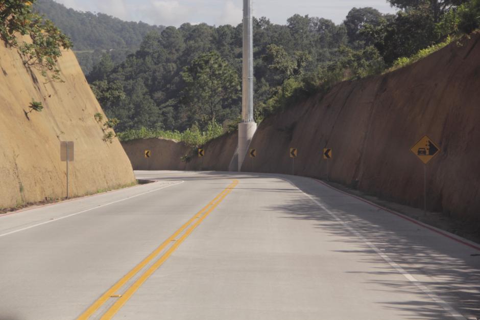Actualmente cuenta con una carretera en buen estado que conectará con el Anillo Regional. (Foto: Fredy Hernández/Soy502)