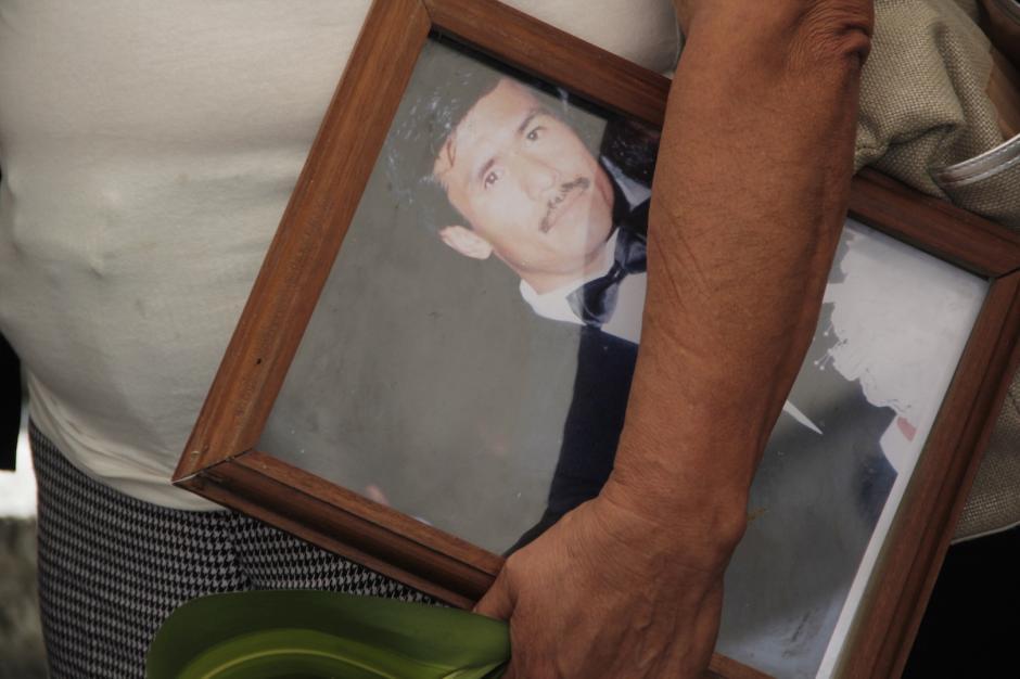 Una fotografía era exhibida para recordar los mejores momentos del Oficial II. (Foto: Fredy Hernández/Soy502)