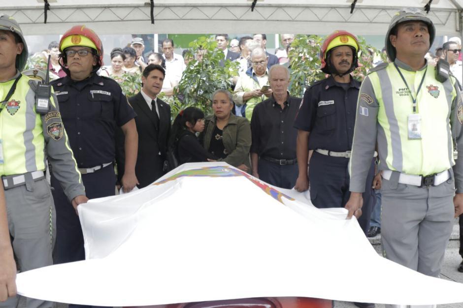 El Oficial II, Julio Leonel García Antón recibió un homenaje póstumo. (Foto: Alejandro Balán/Soy502)