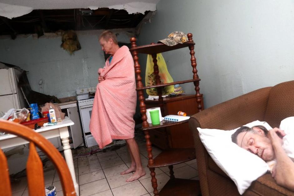 Decenas de afectados tras el paso del huracán Harvey. (Foto: AFP).