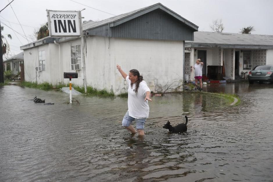 La lluvia acumulada llegó en algunos lugares a los 25 centímetros  por la lluvia de 24 horas. (Foto: AFP).