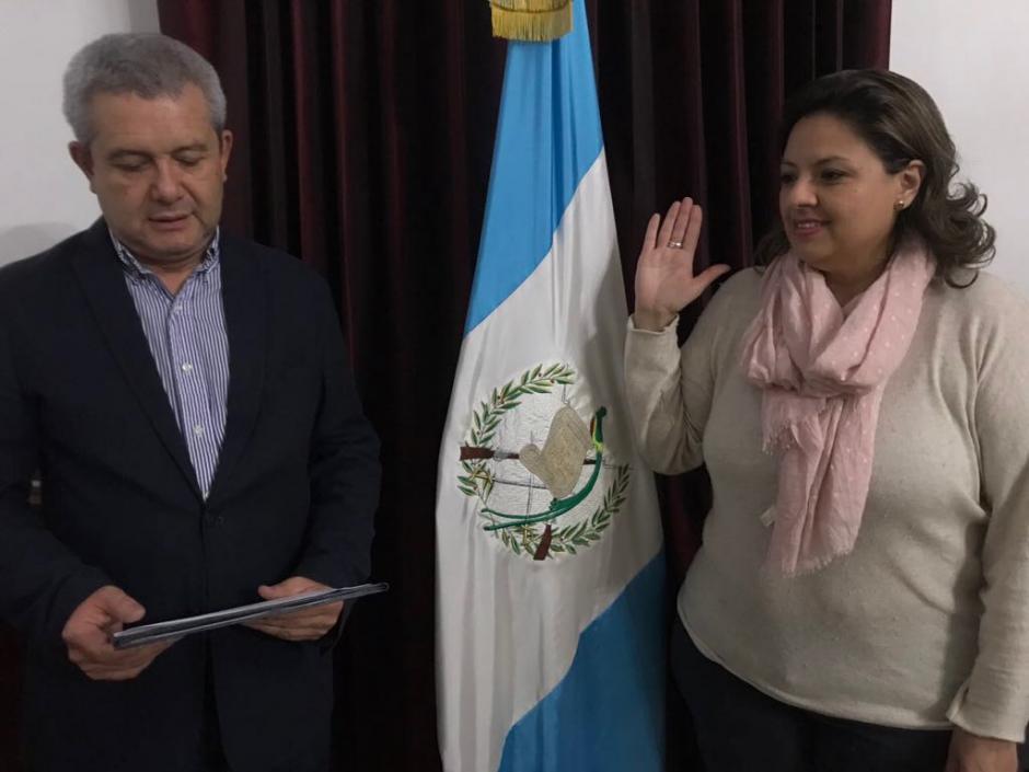 Morales destituye a canciller, nueva titular del Minex tiene un proceso legal