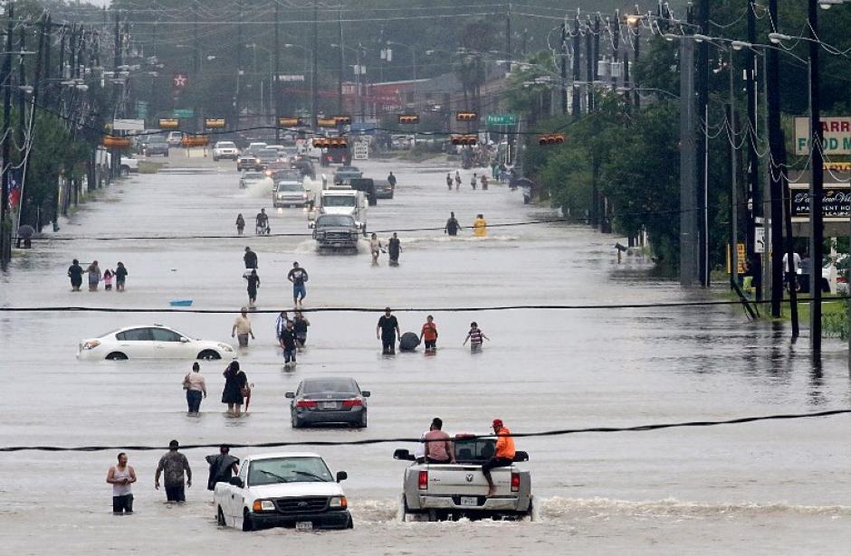 Miles de personas resultaron afectadas por las fuertes lluvias. (Foto: AFP)