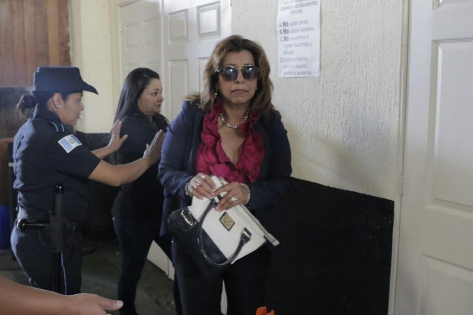 La exregistradora de la Propiedad, Anabella de León, también enfrenta juicio. (Foto: Alejandro Balán/Soy502)