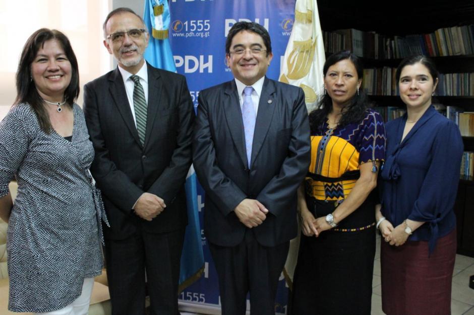 Las procuradora adjuntas acompañaron en la reunión. (Foto: PDH)