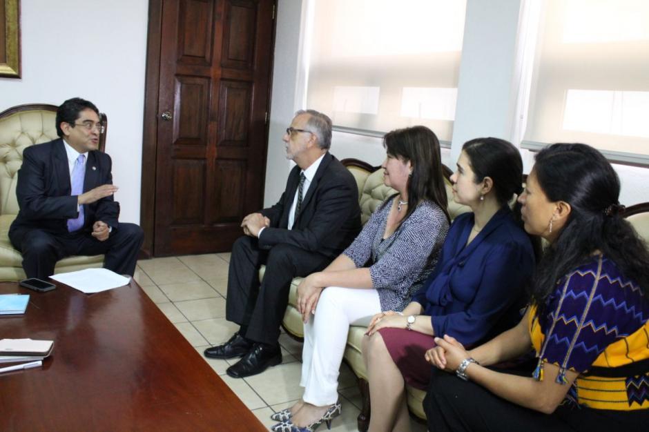 Jordán Rodas asumió el cargo de procurador el 20 de agosto. (Foto: PDH)