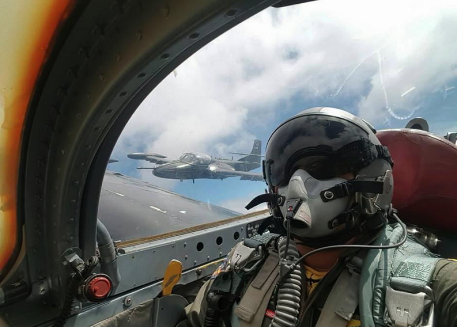 Los pilotos forman parte de la Asociación de Spotters Salvadoreños. (Foto: Diego Guerrero/Facebook)