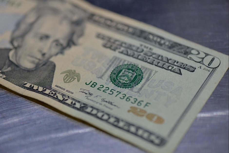 Las remesas alcanzaron en noviembre 7.4 mil millones de dólares. (Foto: Wilder López/Soy502)