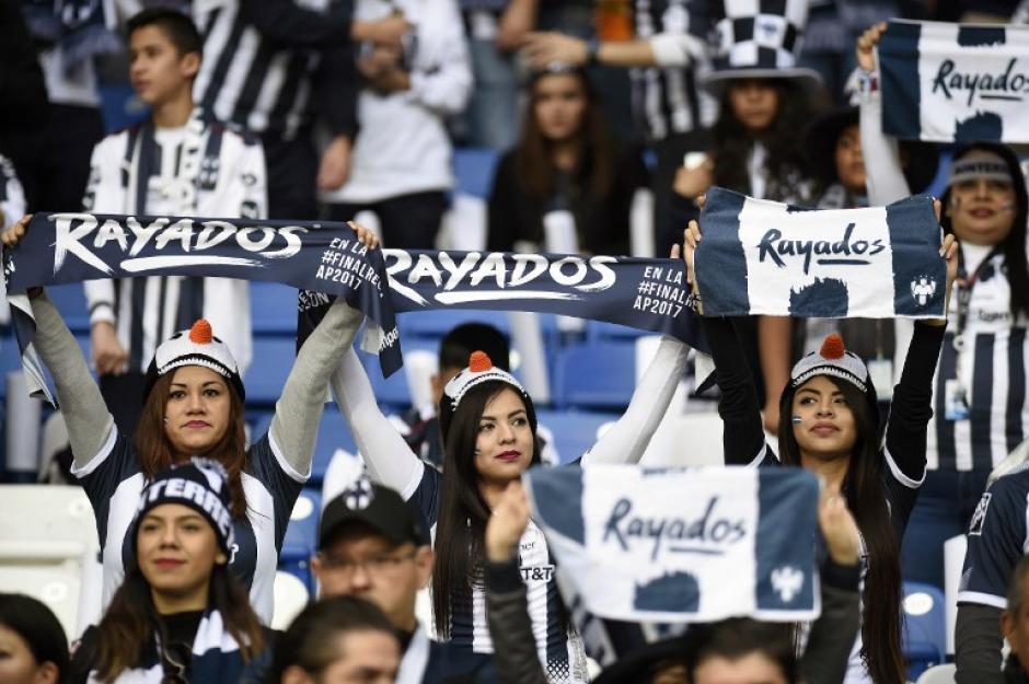 La afición rayada apoyó a su equipo de principio a fin. (Foto: AFP)
