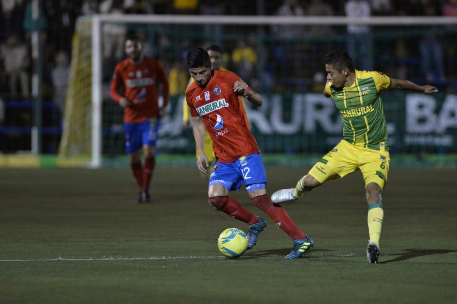 Los Rojos dominaron la mayor parte del encuentro de vuelta. (Foto: Sergio Muñoz/Nuestro Diario)