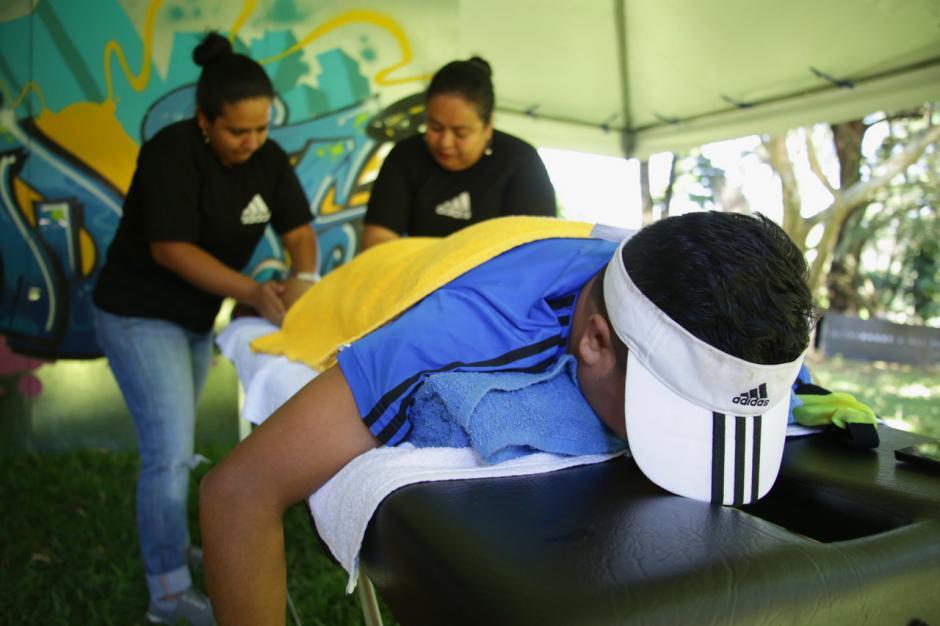 Al finalizar el entreno y competencia los corredores disfrutaron de comida, música y un masaje de recuperación en las instalaciones de la finca.  (Foto: cortesía de CoreMKT)