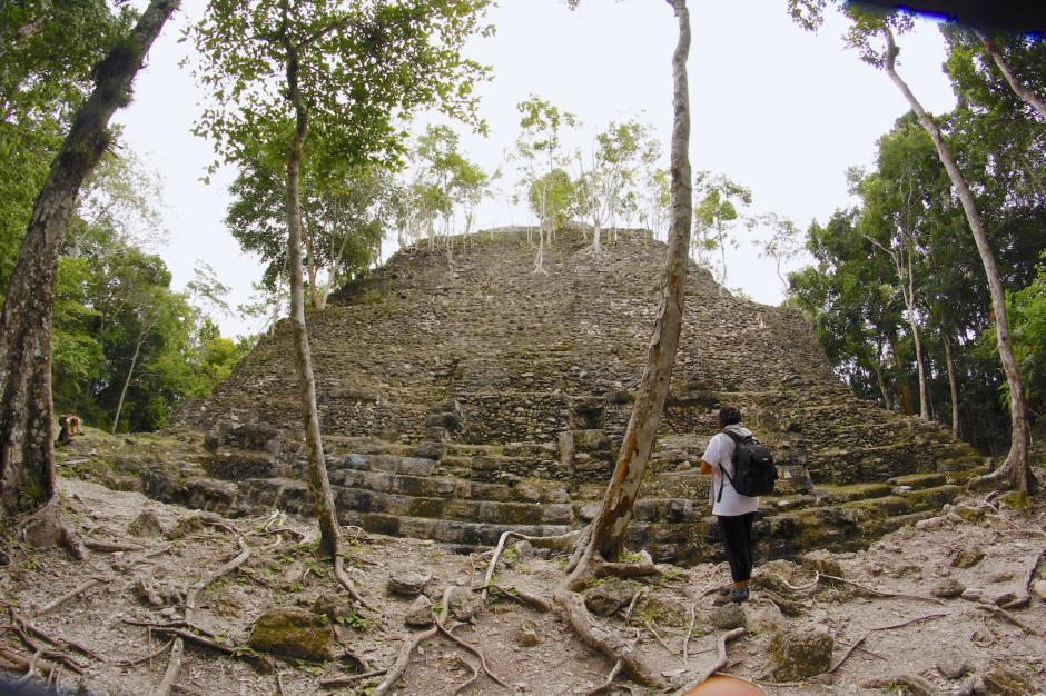 El parque nacional El Mirador cuenta con varias estructuras arqueológicas dentro de su perímetro. (Foto: Fredy Hernández/Soy502)
