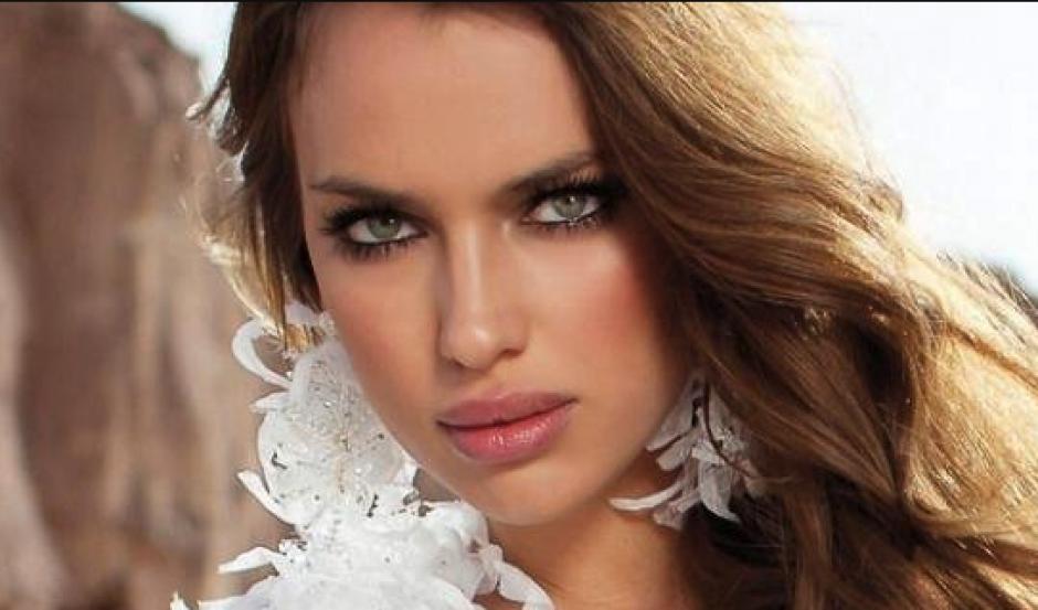 Irina Shayk vuelve a deslubrar con sus sexys posados. (Foto: Instagram)
