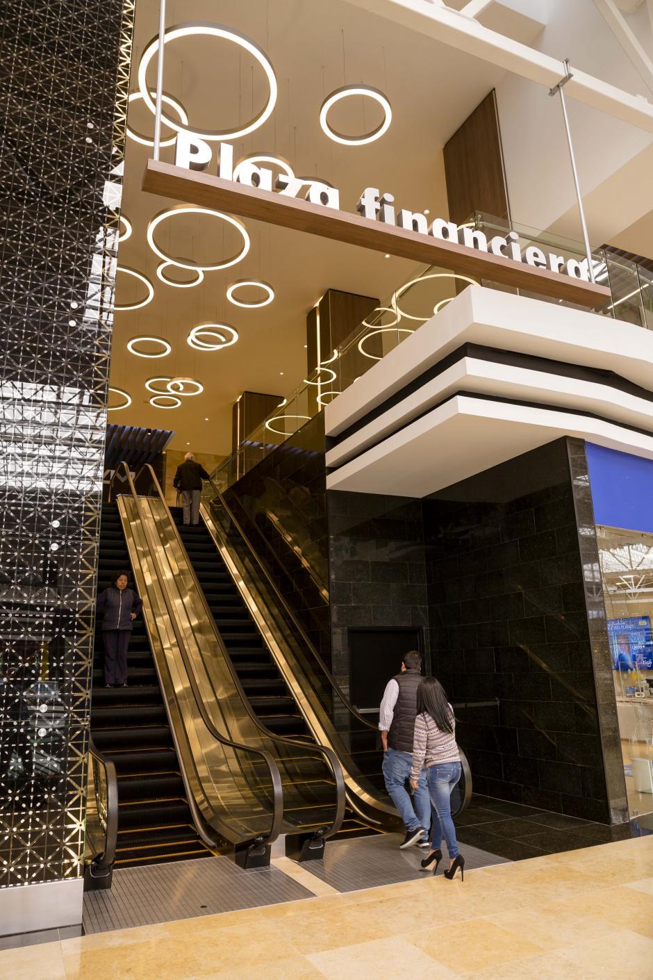 La agencia se encuentra en el cuarto nivel del centro financiero de Oakland Mall.  (Foto: George Rojas/Soy502)