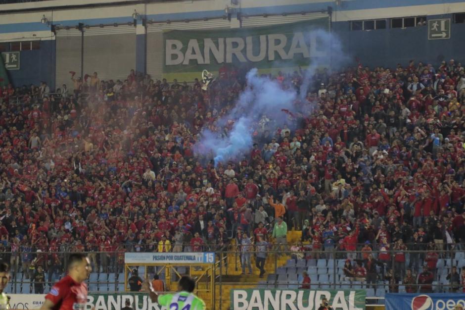 Más de 18 mil aficionados abarrotaron el recinto de la zona 5. (Foto: Fredy Hernández/Soy502)