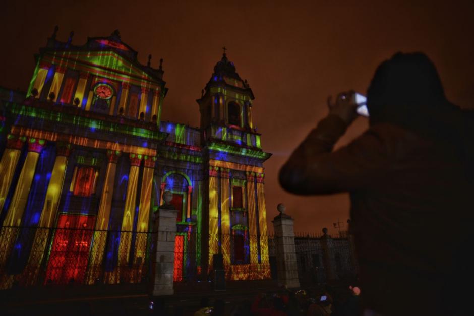 Cada imagen representaba un lugar del mundo. (Fotos: Wilder López/Soy502)